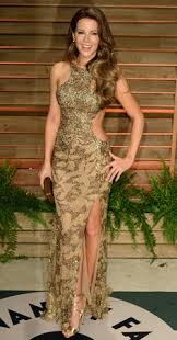 Vanity Fair Oscar Party Wiki Kate Beckinsale Wears Gold Dress To Vanity Fair Post Oscars Party