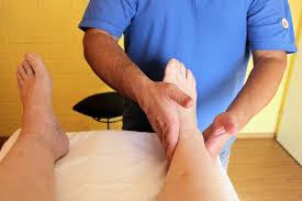 bindegewebsschwäche beine ödeme das hilft bei flüssigkeit im bein