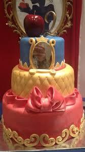 snowwhite 3 snow white cake white cakes and snow white