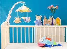 préparer chambre bébé bien préparer l arrivée de bébé à la maison pratique fr