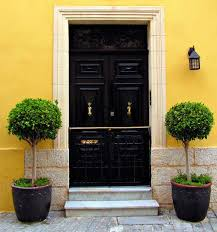 The Art Of Decorating A Front Entrance by Crazy Front Door Topiary Excellent Decoration The Art Of