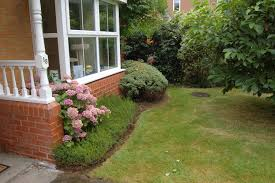 overgrown garden tidied and maintained banbury oxfordshire