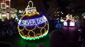 dollywood christmas lights 2017 silver dollar city christmas parade 2017 youtube