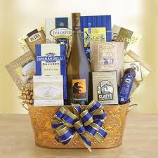 best wine gift baskets best the 25 best wine baskets ideas on wine gift baskets