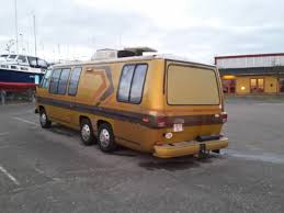 curbside classic 1985 winnebago lesharo turbo diesel u2013 23 mpg if