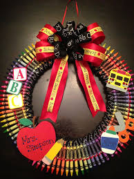 49 best wreath images on pinterest wreaths crayon