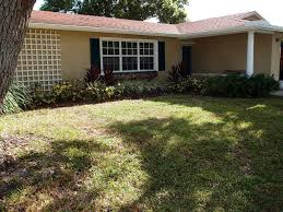 3 br 2 bath completely restored decorator home 1 mile from beach