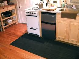 kitchen 3 rug in front of refrigerator what size rug under