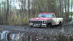 Ford Trucks Mudding - ford f 250 4x4 off road mudding in the swamp youtube