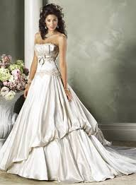 Wedding Dresses For Petite Brides Wedding Gown Styles For Petite Brides Wedding Dress Shops