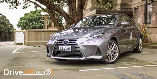 lexus is300h wheel size 2017 lexus is300h limited u2013 car review u2013 smooth silent not so