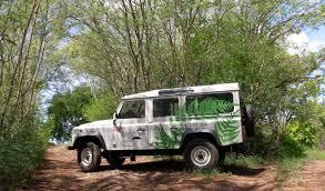 land rover safari 4x4 circle island bora bora safari natura discovery bora bora