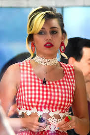 today show set miley cyrus on the set of today show in new york 09 16 2016