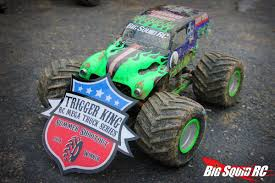 monster jam grave digger rc truck everybody u0027s scalin u0027 for the weekend u2013 trigger king r c mud