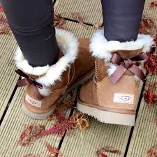 best 25 bow boots ideas best 25 ugg boots ideas on bow boots ugg like boots