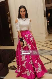 bollywood replica shraddha kapoor pink u0026 white party wear crop