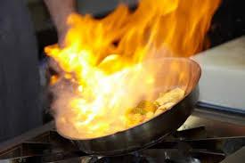 feu de cuisine ces mauvaises habitudes qui peuvent brûler votre maison maison