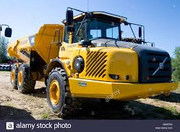 new volvo tractor volvo truck stock photos u0026 volvo truck stock images alamy