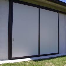 porte per capannoni portone in alluminio a scorrimento su capannone industriale con
