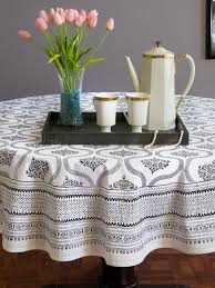 What Size Tablecloth For 60 Inch Round Table Dining Room Black And White Round Table Cloth Hollywood Glamour