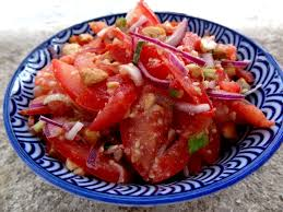 cuisiner tomates salade de tomates aux graines cuisine de birmanie