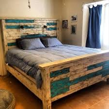 Build A Wooden Platform Bed by Rustic Pallet Queen Size Bed Frame Anything Pallets Pinterest