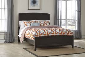 buy braymore queen sleigh bed by benchcraft from www mmfurniture