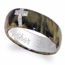camo wedding rings for camo rings with diamonds engagement rings camouflage design