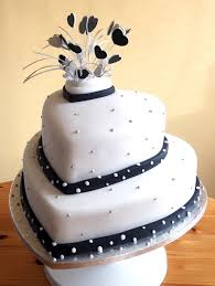 black and white wedding cakes black and white wedding cake by franbann on deviantart