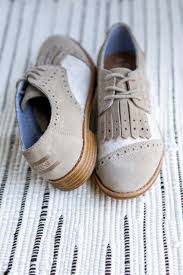ugg womens oxford shoes go for a vintage look with this oxford lace up toms brogue just