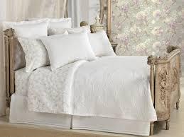 desk in small bedroom bedroom queen in small bedroom bedroomqueen ideas with