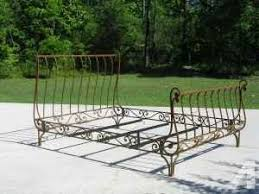 Iron Sleigh Bed Unusual Antique Style Queen Iron Bed With Wrap Around Corners New
