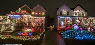 Christmas Decorated Houses Christmas Decorations Homes In Brooklyn Home Decor