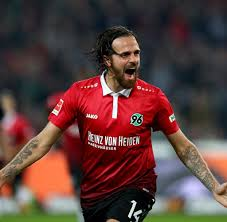 Martin Bader Hannover 96 Thomas Schaaf Bettelt Um Seinen Rausschmiss Welt