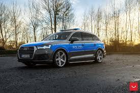 audi r8 slammed slammed audi q7 police car rides on vossen cv3r rims autoevolution