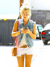 how does julienne hough style her hair 47 best juliane hough images on pinterest julianne hough celeb