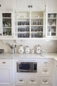 cuisine en bocaux design interieur rangement cuisine placards bocaux verre épices