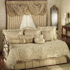 Design For Daybed Comforter Ideas Fancy Design For Daybed Comforter Ideas Bed Bath Astounding Day