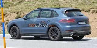 2018 porsche cayenne spied with almost no camouflage photos 1