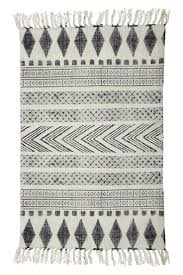 56 best rugs u0026 textiles images on pinterest fabric textures