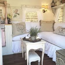Shabby Chic Interior Decorating by Best 25 Shabby Chic Campers Ideas On Pinterest Shabby Chic