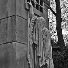 cemetery statues morbidly fascinating cemetery statues