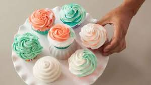 Cake Decorating Classes The Wilton Method Of Cake Decorating By Wilton Instructors