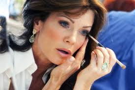 linda vanserpump hair lisa vanderpump pink lipstick plastic surgery hair style