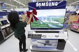 black friday at walmart kicks on thanksgiving day business insider