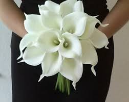 white calla lilies white calla bouquet true touch calla bouquet