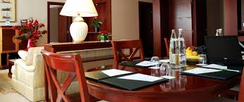 chambre hant chambres suites hotel levallois perret hôtel evergreen laurel