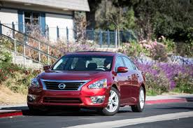 nissan altima 2015 oil type 2013 nissan altima 2 5 sl long term update 3 motor trend