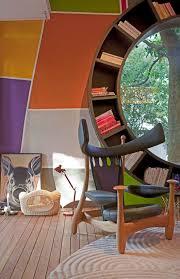 helpful hints for decorating bookshelves