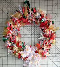 ribbon wreaths how to make a tulle wreath 21 tutorials guide patterns